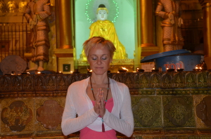 prayer Shwedagon
